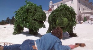 shining-1997-miniseries-jack-torrance-hedge-animals-topiary-steven-webber